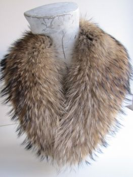 "Raccoon fur collar in beige natural XL ""Made in Wiesbaden"""