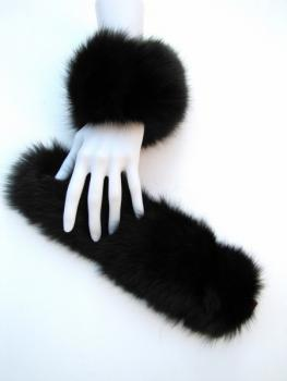 bracelet´s of black Fox Fur for the left and the right arm
