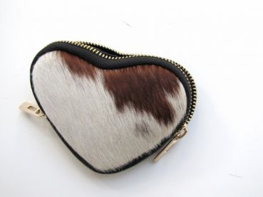Cowhide money exchange in heart shape