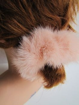 scrunchie made of real mink fur apricot