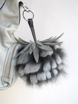 Tassel Fur Handbag Pinberry grey