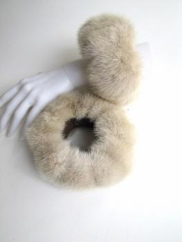 Fur cuff made of real mink in cream