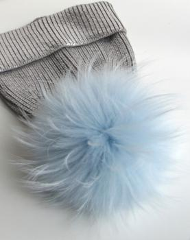 "Fur Bobble, Cap Bobble real Fox ""sky blue"" real Fur"