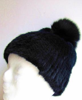 Fur bobble cap with fox bobble blue