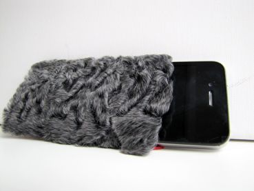 "Persianer Lamm, Echt Pelz iPhone & Smartphone Handytasche in grau ""used fur"