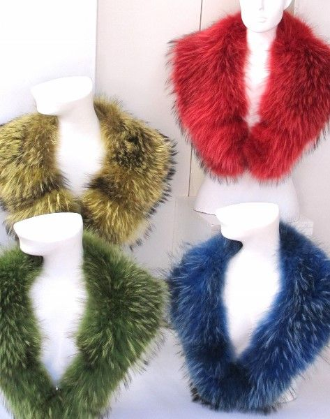 Raccoon fur collar in green real fur