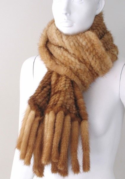 Scarf mink knitted